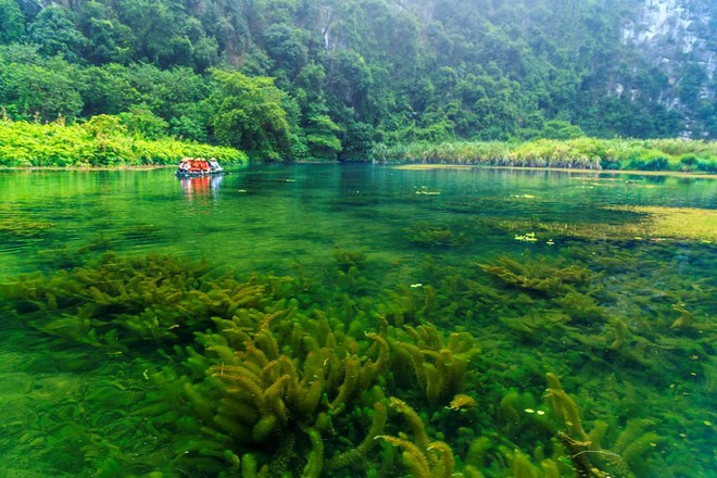 Du lịch Việt Nam: Vân Long Ninh Bình – bức tranh thiên nhiên tuyệt mỹ
