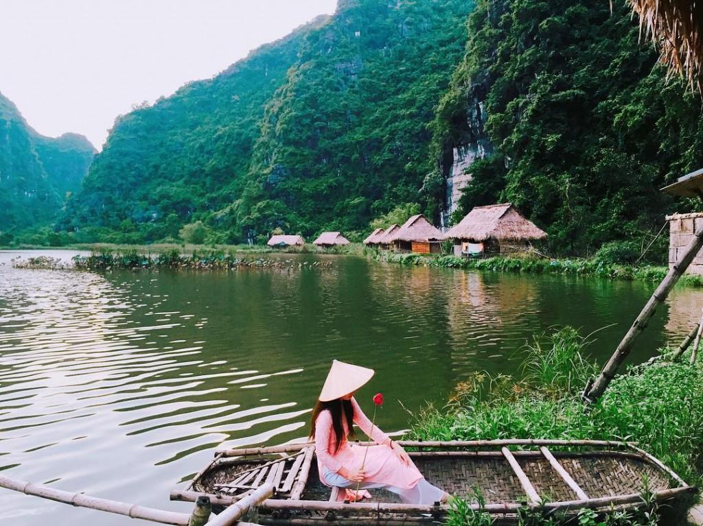 Ninh Binh Valley 1