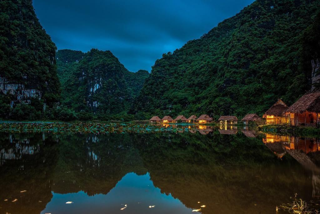 Ninh Binh Valley 5
