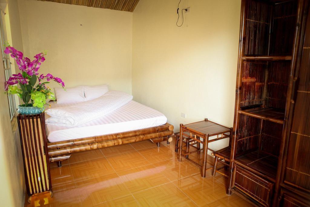 Tam Coc Bamboo 1